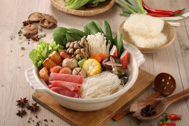 什錦米粉火鍋 1